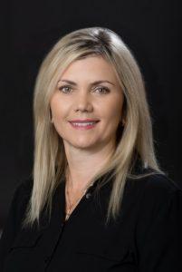 Elizabeth Dental Assistant at Art of Dentistry Institute in Irvine